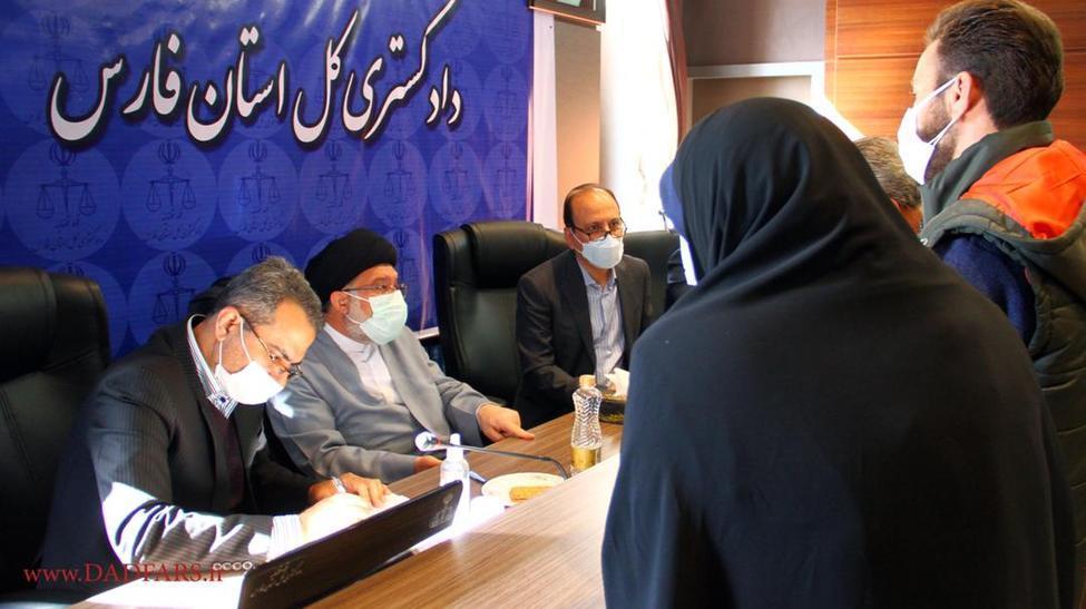 رسیدگی به درخواستهای حقوقی بیش از ۳۲ هزار شهروند در دیدار با مقامات قضایی استان فارس