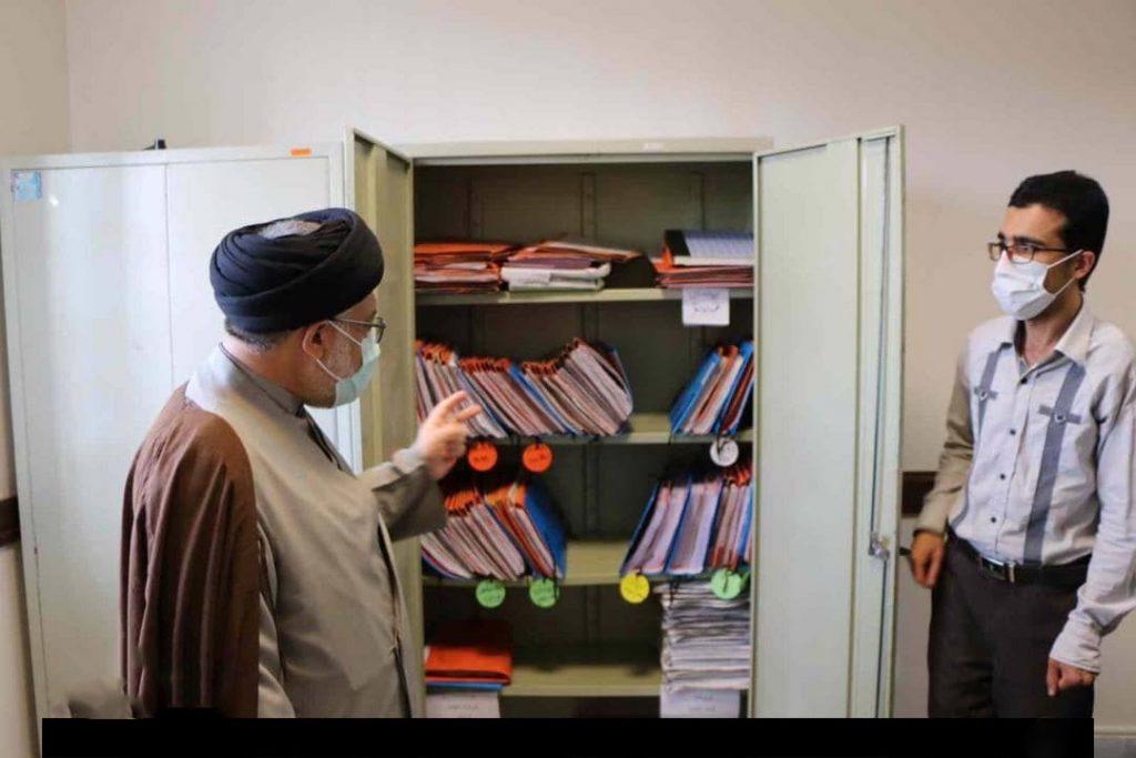 بازدید سرزده رئیس کل دادگستری استان فارس از مجتمع کیفری شهید قدوسی شیراز و حوزه قضایی کوار