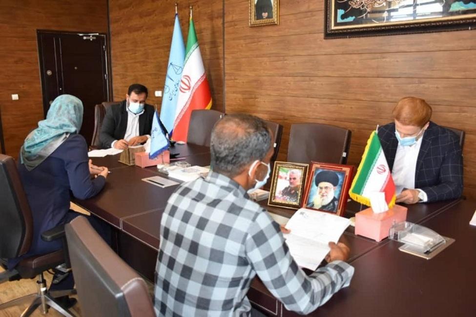 دیدار مردمی رئیس کل دادگستری استان هرمزگان با ۷۶ نفر از مراجعین دستگاه قضایی