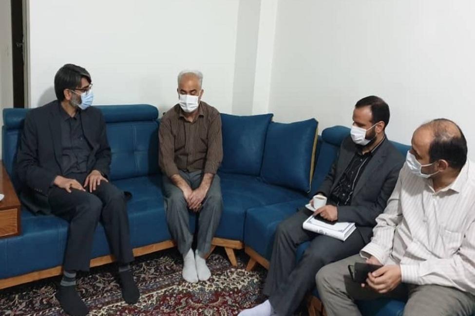 حضور رئیس سازمان زندانها در منزل مددکار روشندل زندان فردیس کرج
