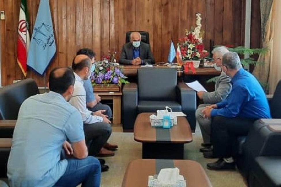 دستور پیگیری مشکلات ۵۶ نفر در ملاقات مردمی مسئولان قضایی گلستان
