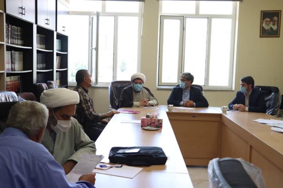 بررسی مشکلات حقوقی ۳۰ نفر از مراجعین حوزه قضایی مهاباد توسط رئیس کل دادگستری ارومیه