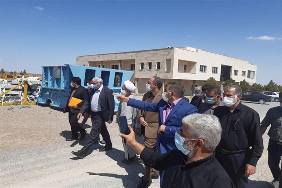 بازدید دادستان عمومی و انقلاب مرکز استان سمنان از کارخانه نیمه ساخت سیمان بیارجمند