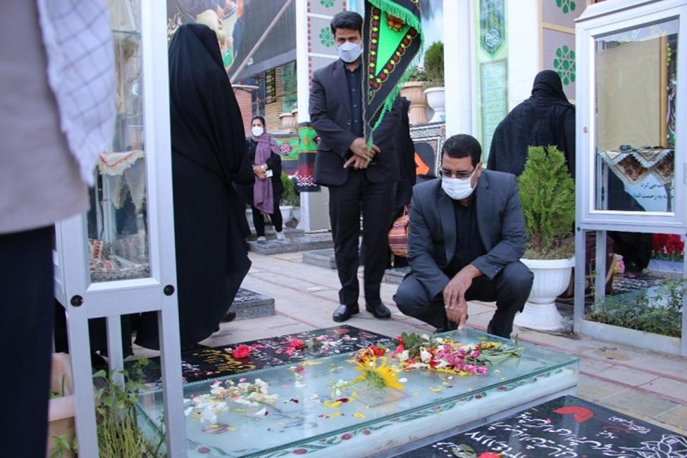 ادای احترام مقامات ارشد قضایی و اعضای شورای قضایی استان کرمان به مقام شامخ شهدا
