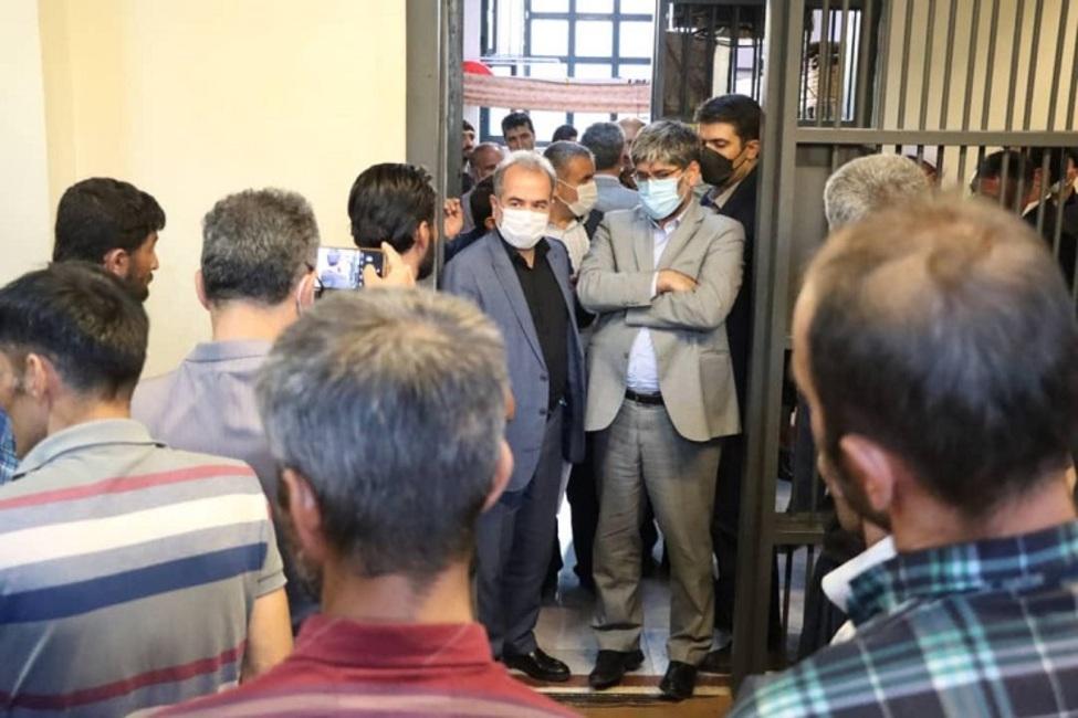 بازدید رییس کل دادگستری آذربایجان غربی از زندان بوکان