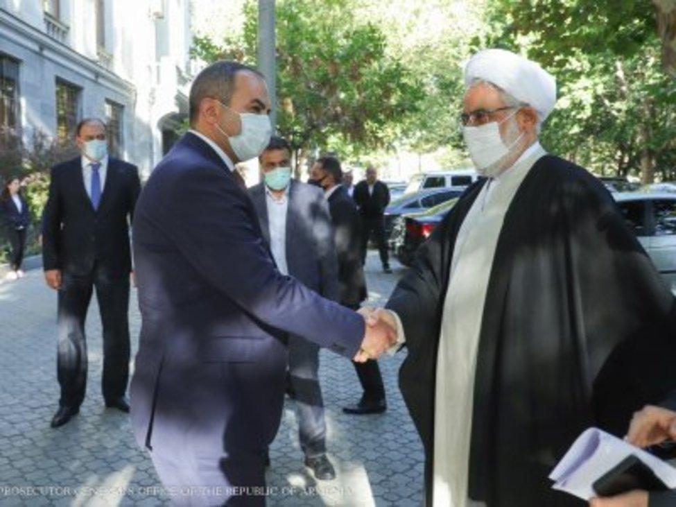 دادستان کل کشور با دادستان کل ارمنستان دیدار کرد